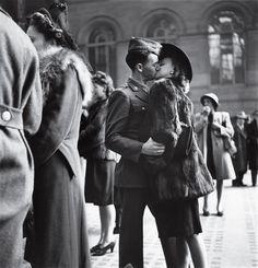 Farewell Kiss, 1944