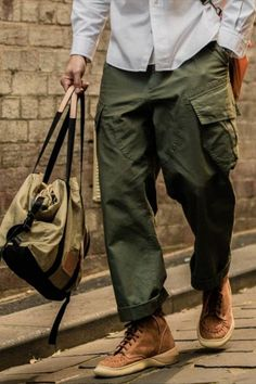 Retro Pattern, Army Green, Cool Outfits, Trousers, Mens Fashion, Latest Fashion, Workwear, Casual Pants, Men Casual