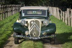 Appartenant depuis 44 années au propriétaire actuel, Citroën 11BL « Traction » cabriolet 1939 Traction, Actuel, Cabriolet, Motor Car, Antique Cars, Fine Art, Antiques, Vehicles, Pictures