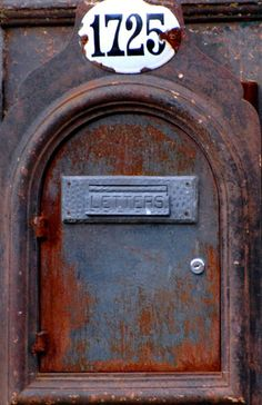 patina going postal on this old mailbox Old Mailbox, Vintage Mailbox, Going Postal, Rust Never Sleeps, You've Got Mail, Peeling Paint, Rusty Metal, Post Box, Door Knockers