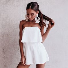 Simple Summer to Spring Outfits to Try in 2019 – Prettyinso Mode Outfits, Urban Outfits, Fashion Outfits, Fashion Trends, Scene Outfits, Women's Summer Fashion, Look Fashion, Fashion Women, Mode Inspiration