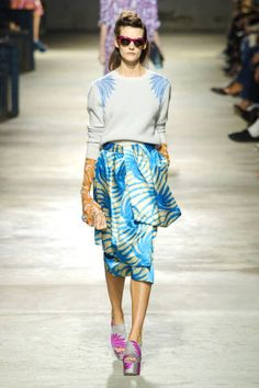 Dries Van Noten Spring 2016. See all the best looks from Paris Fashion Week: