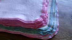 Stipjes en datjes: Tutorial wasbare billendoekjes / snoetenpoetsers Stitch, Blanket, Full Stop, Blankets, Cover, Comforters, Sew, Stitches, Embroidery