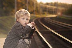 Фотография Waiting for a train автор Elena Shumilova на 500px