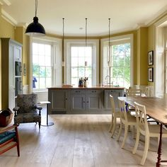 Classic Homes Adam Architecture Bighton Grange -George Saumarez Smith kitchen design trend - photo - Laurel Bern #unkitchen