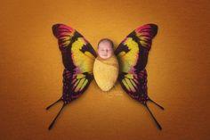 Motylkiem być ... ❤️❤️❤️#fotografnoworodkowyłódź #fotografnoworodekłódź #fotografianoworodkowałódź #sesjanoworodekłódź #sesjanoworodkowałódź #śpioszek #noworodek #bornin2017 #bornin2018 #dzidziuś #newborn #newbornphotographer #newbornphotoshoot #newbornphotographyłódź #motylek #butterfly #instaphoto #picoftheday #mama #mummy #maternity #mamusia #boy #girl #dziewczynka #chlopiec #babyootd #babylove #cutebaby #kidsootd #fotograficznemarzenia