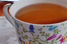 Consumat regulat, ceaiul diminuează durerile, pirozisul (arsurile la stomac), normalizează funcțiile stomacului și ale intestinelor.