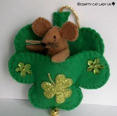 felt mouse in shamrock pouch hanging ornament by CraftyCatLadyUK Hanging Ornaments, Felt Ornaments, Holiday Ornaments, Holiday Crafts, St Patricks Day Crafts For Kids, St Patrick's Day Crafts, Diy Crafts, Felt Crafts Patterns, St Patrick's Day Decorations