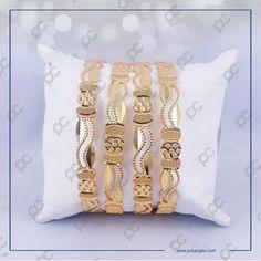 Gold Bangles Design, Jewelry Design, Cow Skull, Hand Jewelry, Stylish Jewelry, Jewelries, Necklace Designs, Daily Wear, Bangle Bracelets
