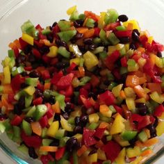 Hello, summer! Dice one each: red, orange, yellow, green bell pepper; drain and rinse one can of black beans; stir together with 1 tbsp EVOO and 2 tbsp apple cider vinegar; sprinkle with crushed sea salt. Enjoy with tortilla chips or pretzels!!