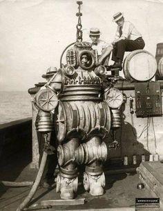 Водолазный костюм конструкции капитана Enos B. Petrie. США, 1900-е