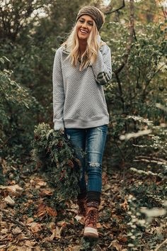 30 Excellent Fall Winter Grunge Edgy Fashion Outfits This Years. 30 Excellent Fall Winter Grunge Edgy Fashion Outfits This Years. Winter Outfits For Teen Girls, Winter Boots Outfits, Winter Clothes, Winter Outfits Women, Holiday Outfits, Preppy Outfits Spring, Casual Preppy Outfits, Flannel Outfits, Preppy Dresses