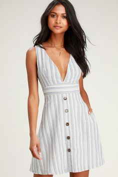 Look no further, the Lulus Shayden Light Blue Multi Striped Mini Dress is here! Linen striped mini dress with a plunging neck and open tie knot detail back. Cute Blue Dresses, Royal Dresses, Elegant Dresses, Pretty Dresses, Sexy Dresses, Casual Dresses, Short Dresses, Fashion Dresses, Dresses For Work