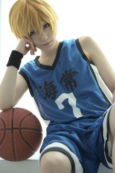 Kuroko's Basketball Cosplay Ryota Kise Cosplayer: Touya Hibiki Country: Japan