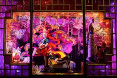 Photos: Around the World in 2012 Holiday Windows | Vanity Fair