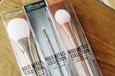 Real Techniques Bold Metals Collection Review (Read more on the beauty blog!)