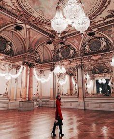 architecture-capital-chandeliers-details-Favim.com-3933551.jpg (610×745)