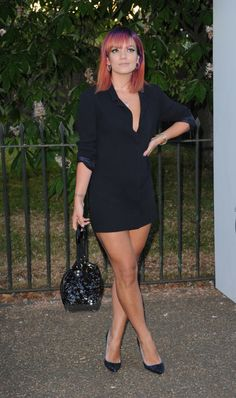 All the Looks From the Serpentine Gallery Summer Party - Lily Allen Flawless. Courtesy of Elle Lily Allen Hot, Lilly Allen, Outfits Fiesta, Pictures Of Lily, Curly, Girl Fashion, Womens Fashion, Queen, Beautiful Legs