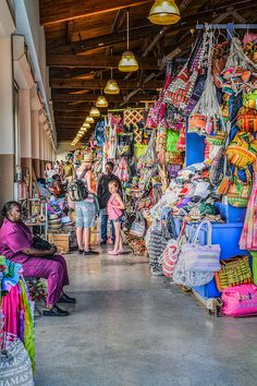Nassau Straw Market The Straw Market has been cleaned up quite a bit since the last time I saw it. It is still a mass jumble of all things tourist - beads, straw hats, t-shirts and such. But, the hawkers do not accost you quite so much and the place is better kept now.