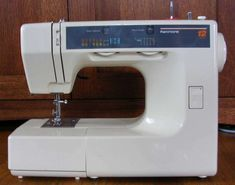 How to use a sewing machine - Tutorial w/ printable PDF