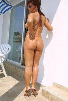 b nude Lady