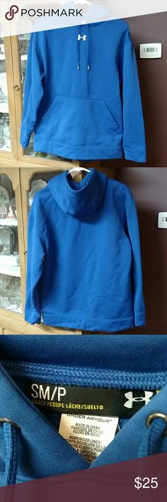 Royal blue hoodie Like new Under Armour royal blue hoodie. Under Armour Tops Sweatshirts & Hoodies