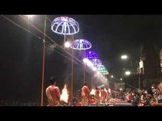 Ceremonie des Puja sur les Ghats