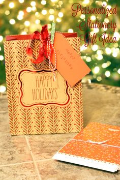 Personalized Stationery Gift Idea. Great gift idea for your neighbor, teacher or for the person that has everything. Give a personalized gift from Expressionery.com. #laurakellychristmaspeeps