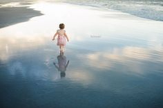 Child Photography, Fine Art PhotographyJune 2015 whole beautiful life ahead…cystic fibrosis awareness By Monika Colichio Beach Photography Tips, Outdoor Photography, Creative Photography, Children Photography, Fine Art Photography, Family Photography, Cute Beach Pictures, Cute Little Girls, Life Is Beautiful