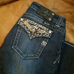 Miss Me jeans Excellent condition. Boot marks shown on third photo. Otherwise perfect condition Miss Me Jeans Boot Cut