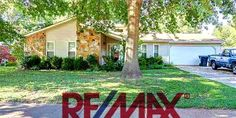 7930 TERRY FRANKLIN DR Memphis, TN 38133~ Great 3BR/2BA Home in Quiet Bartlett Neighborhood ~ Formal Dining Room ~ Huge Great Room w/ Stone Fireplace, Vaulted Ceilings