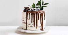 Découvrez cette recette de Gâteau forêt-noire au Grand Marnier pour 8 personnes, vous adorerez! Drip Cakes, Grand Marnier, Gravity Cake, French Cake, Rum Cake, Rustic Cake, Just Cakes, Colorful Cakes, Cake Cookies