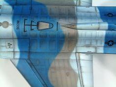 F-16 Fighting Falcon 1/48 Scale Model