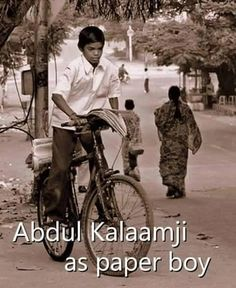 Rare picture of late President of India, Dr.APJ Abdul Kalam- Rare picture of late President of India, Dr.APJ Abdul Kalam Rare picture of late President of India, Dr. History Of India, History Photos, History Facts, Ancient History, Rare Pictures, Historical Pictures, Rare Photos, Legendary Pictures, Rare Images