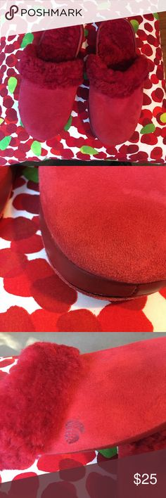 ACORN SHEEPSKIN/LEATHER RUBY RED MULE SLIPPERS These are well-constructed, comfortable slippers. Suede uppers. Fully lined in ewe's wool (sheepskin). Red leather band along bottom. Indoor/outdoor sole. No sign of wear on uppers. Worn once indoors. Women's size 8. Acorn Shoes Slippers