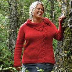 Plus Size: Cawdor by Emily Williams, download on LoveKnitting