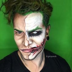 Here's a Pose never posted of my Joker Half face _________________ Shout out to @mehronmakeup makeup for Sponsoring me for my CHILE Comic Con Tah k You so Much !!!