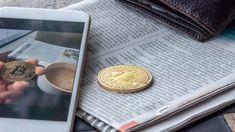 Между биткойн-ETF и крипто произведением искусства Первый биткойн-ETF получает одобрение, государственный фонд инвестирует в биткойн и множество патентов на блокчейн из Поднебесной. Главные новости недели. Добро пожаловать в главные новости о биткойнах недели. На прошлой неделе это вызвало особый интерес у наших читателей. 69,370,22 Биткойн находятся в свободном доступе в кошельке Последние два года хакеры пытались взломать седьмой по величине биткойн-кошелек. Адрес, который по сегодняшнему… Service Secret, Blockchain, Objet D'art, Oeuvre D'art, Les Oeuvres, Wallet, Instagram, Middle, Welcome