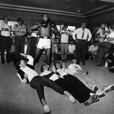 Harry Benson. Muhammad Ali with the Beatles. © 1964. MIAMI.