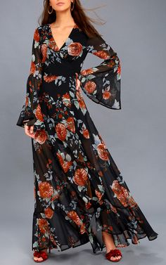 Blooming fields come to mind whenever we think of the Petals on the Breeze Black Floral Print Maxi Dress! Chiffon maxi dress with a surplice bodice. Best Maxi Dresses, Party Wear Dresses, Fashion Dresses, Summer Dresses, Prom Gowns, Lace Dresses, Homecoming Dresses, Floral Print Maxi Dress, Chiffon Maxi Dress