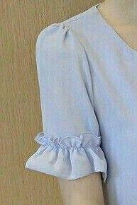 Blouse Designs Silk, Designer Blouse Patterns, Dress Sewing Patterns, Designer Dresses, Kurti Sleeves Design, Sleeves Designs For Dresses, Sleeve Designs, Batik Fashion, Fashion Sewing