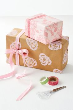 Lovely floral gift wrap using celery sticks!  Finally!! Something good to do with celery!!
