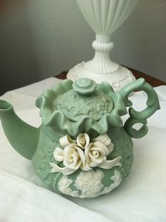 Like Wedgewood Small Green Teapot With by Roseantiqueboutique, $35.98