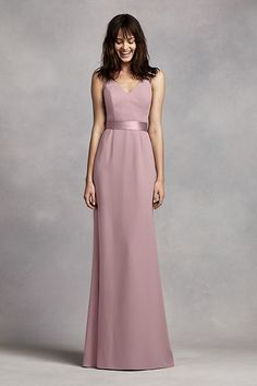 Dreaming of your bridal party wearing Vera Wang bridesmaid dresses on the big day? Shop at David's Bridal to find affordable Vera Wang bridesmaid dresses! Vera Wang Bridesmaid Dresses, Black Bridesmaids, Junior Bridesmaids, Wedding Bridesmaids, Vestidos Junior, Junior Dresses, Chiffon Dress Long, Strapless Dress Formal, Dress Lace