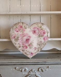 Romantic Shabby Chic Vintage Style Medium Roses Heart - Debi Coules Romantic Art