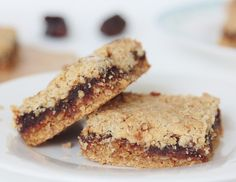 Oh my goodness, these are AMAZING!!! So buttery and decadent, sweet oaty shortbread crust filling with a caramel date fudge, so good! Date and Oat Slice