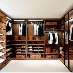 Capsule Wardrobe Wardrobe Design, Walk In Wardrobe, Walk In Closet, Master  Closet,