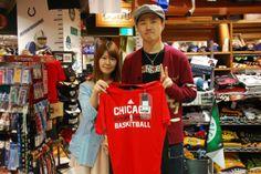 【大阪店】 2014年4月28日 三重県からお買い物に来て頂きました☆彡 仲良くスナップありがとうございます♡ 赤がとても映えてます♬ #nba