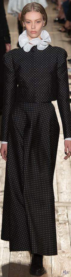 Fall 2016 Haute Couture - Valentino