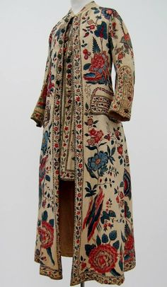 "Gentlemen, perhaps you are working from your studio or spending the day reading and writing letters - just the thing in 18th century ""at home"" wear.  Bold palette, Chintz dressing gown with attached waistcoat, c. 1750-1799. Collection Centraal Museum, Utrecht, The Netherlands."